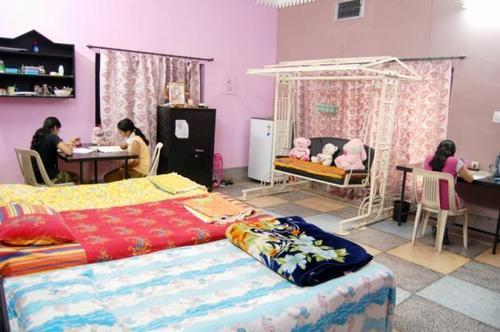 accommodation services in bara chandganj lucknow id