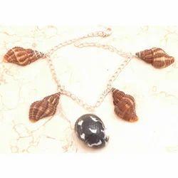 Sea Shell Cocktail Bracelet