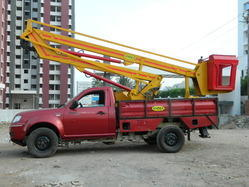 Sky Lift on Mahindra Pick Up