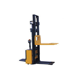 High Lift Power Stacker
