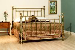 brass beds henley