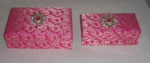 Fabric Wedding Invitations: Fabric Covered Boxes For Wedding Invites