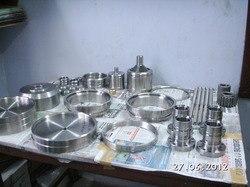 Valve Components for Petroleum and Gas Valves