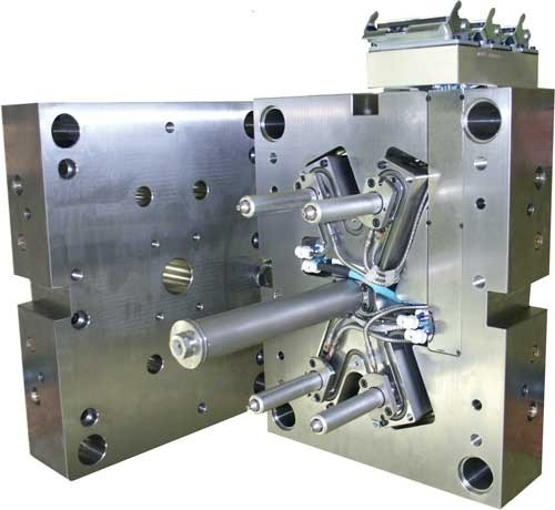 Automatic Mold Hot Runner Rs 400000 Piece Ashish