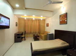 Single Bed Room Accommodation Services