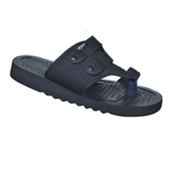 Poddar Gents Leather Chappal