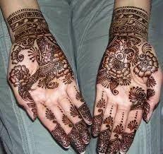 Indo Arabic Mehndi Designer