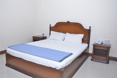 Room Hotels Accommodation Service