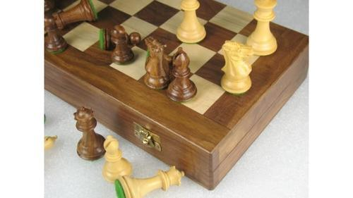 Travel Series Folding Chess Board With Pieces   D0144
