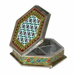 Traditional Dry Fruit Box