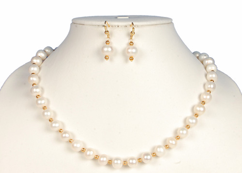 Fresh Water Pearl Necklace With Earrings