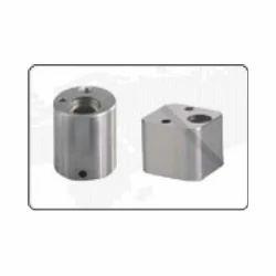 Z1870 Angle Pin Housing