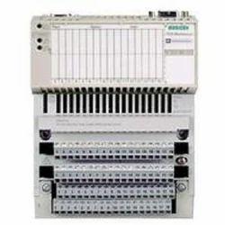 SCHNEIDER Digital Modicon Momentum PLC and Distributed I/O, 220 V AC