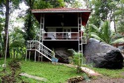 Superior Cottage