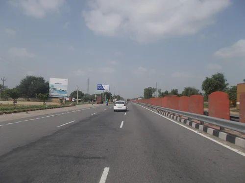 Rectangular Highway Unipole Hoarding