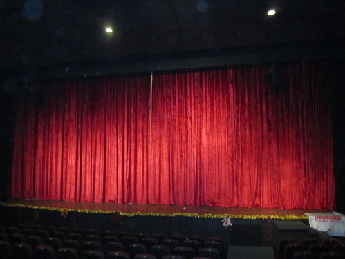 Motorized theater curtain system curtain menzilperde net for Motorized curtains home theater