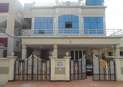 Guest House For Rent At Rayudu Palem