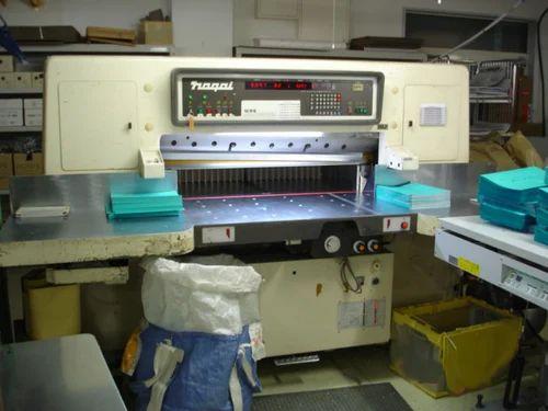 Nagai Automatic Paper Cutting Machine