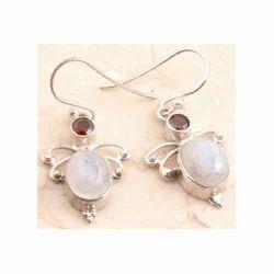 Delicate Marvelous Garnet Earrings