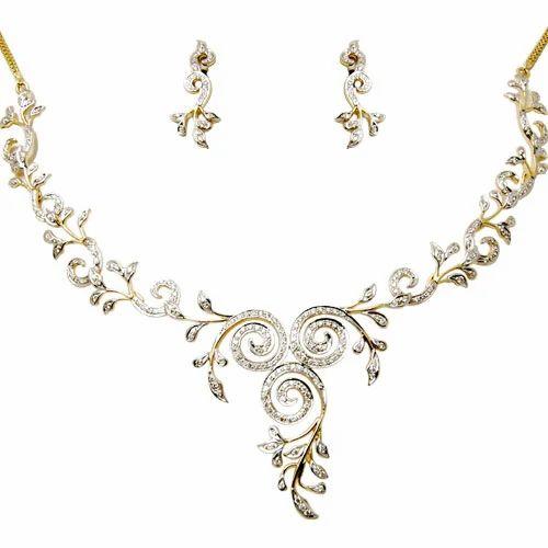 Indian bridal 18k diamond jewelry sets size normal rs 128000 indian bridal 18k diamond jewelry sets size normal aloadofball Choice Image