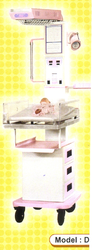 Radiant Heat Warmer Fixed Bassinet With Three Drawers