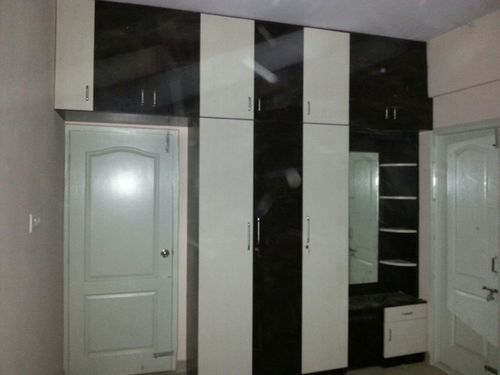 Designer Wardrobe Dining Hall Wardrobe Manufacturer From