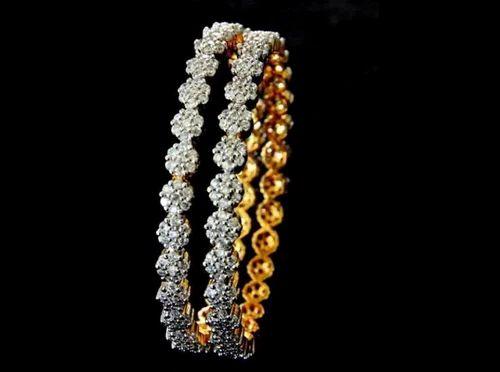 4e4c02ac9b6fb9 Traditional Diamond Bangles at Rs 200000 /piece(s) | Diamond Bangles ...