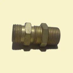 Male Brass Bulkhead, For stainlessSteel, Size: Asper Requireent