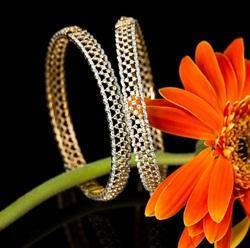 Intimate Jewellery Photography Services