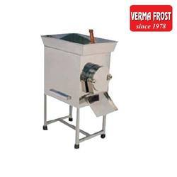 Pulverizer (Gravy) Machine, Capacity: 30 Kg