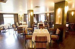 Elegant Hotel Regaalis Tour