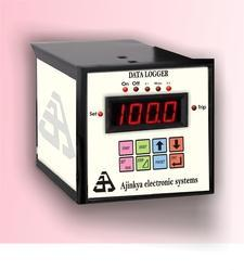 R Type 8 Channel Data Logger
