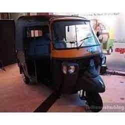 manufacturers & suppliers of three wheelers, three wheeler auto