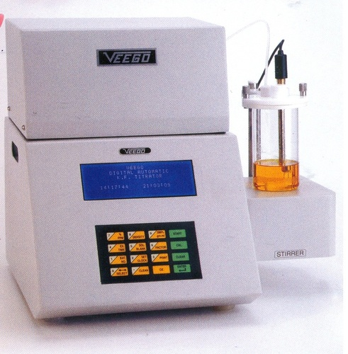 Karl Fisher Moisture Analyzer