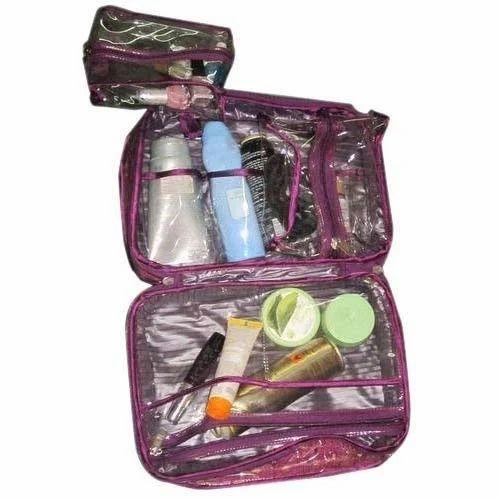 Make Up Vanity Suitcase Bridal Style