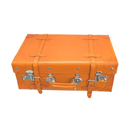Leather Suitcase - Manufacturers, Suppliers & Traders of Leather ...
