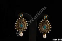 Fashionable Gold Earrings