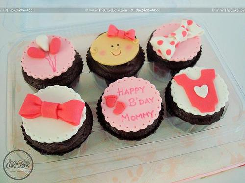 Groovy Themed Cupcakes Happy Birthday Mom Cupcake Retailer From Vadodara Funny Birthday Cards Online Eattedamsfinfo