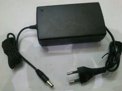 Power Adapter 12 Volt 5 Amp
