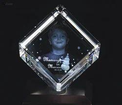 Cubical Crystal Photo Frame