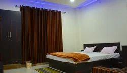Luxorius Rooms