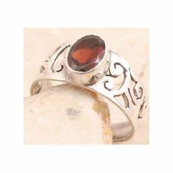 925 Sterling Silver Garnet Ring