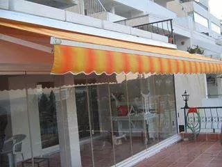 Folding Shade At Rs 250 Square Feet