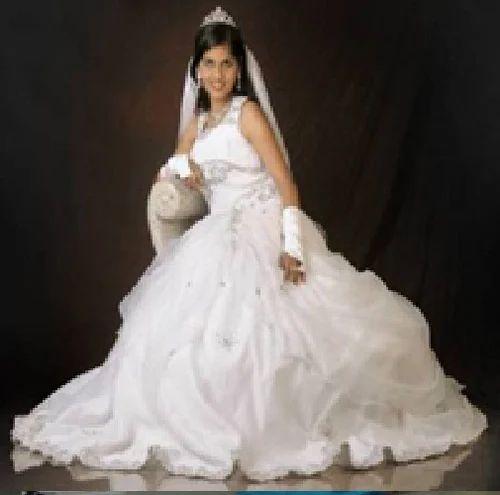 Rental Gown Bridal Gown Gown For Wedding Marriage Gown À¤¶ À¤¦ À¤• À¤— À¤‰à¤¨ In Hampankatta Mangalore Wokhaal Id 6321480997