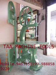 Vertical Woodworking Bandsaw Machine