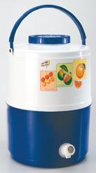 Cona 32 Insulated Plastic Water Jug