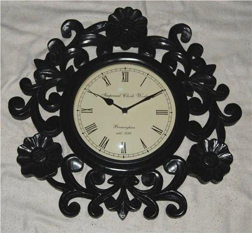 Antique wooden wall clocks best 2000 antique decor ideas for Antique wall clock wood