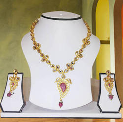 Party Wear Fashion Kundan Necklace With Earrings