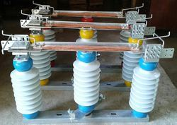 Rotating Type Double Break Isolators
