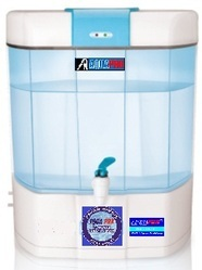4c5961a58a2 Exporter. Offering RO water purification system. Know More · Products    Services · AQUA PIRLS